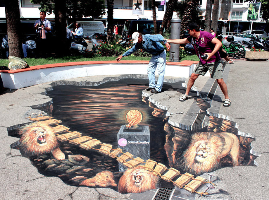 Pavement Art - Lions at the Cannes Festival