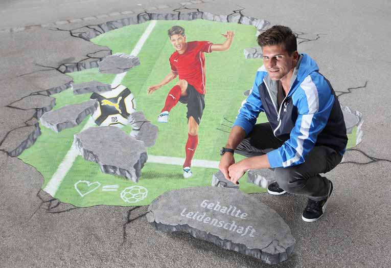 3D street painting for Mario Gomez by Puma