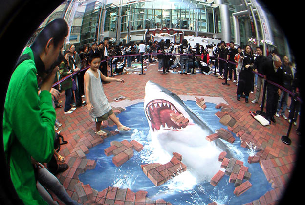 3d-street-painting-interactive-shark-hong-kong